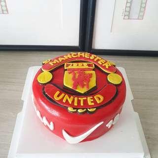 🚚 Man Utd Customised cake