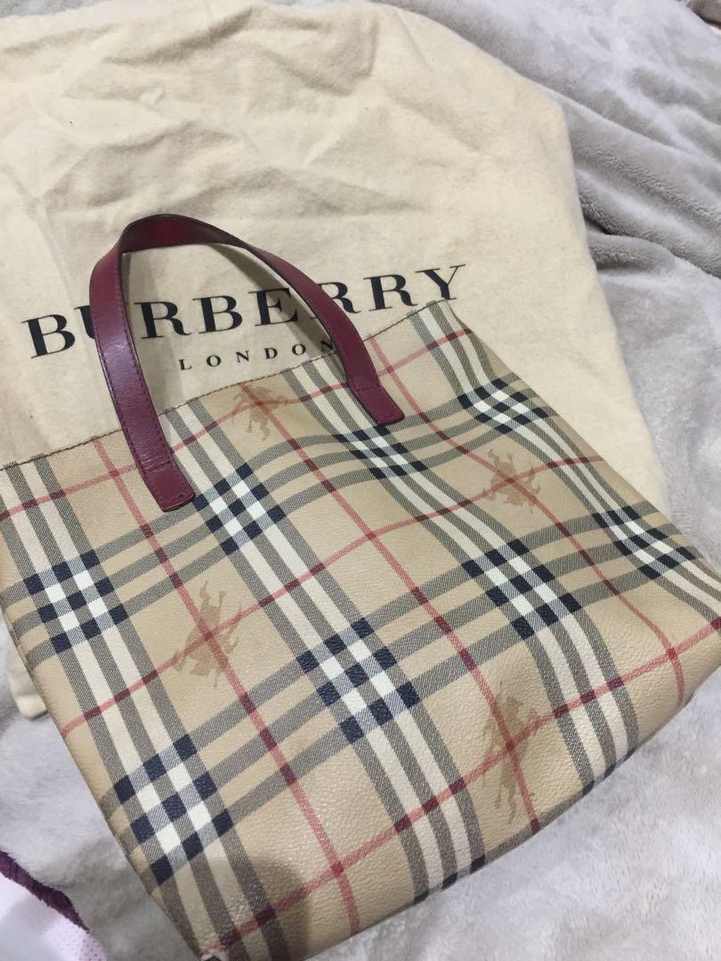 Authentic Burberry Handcarry