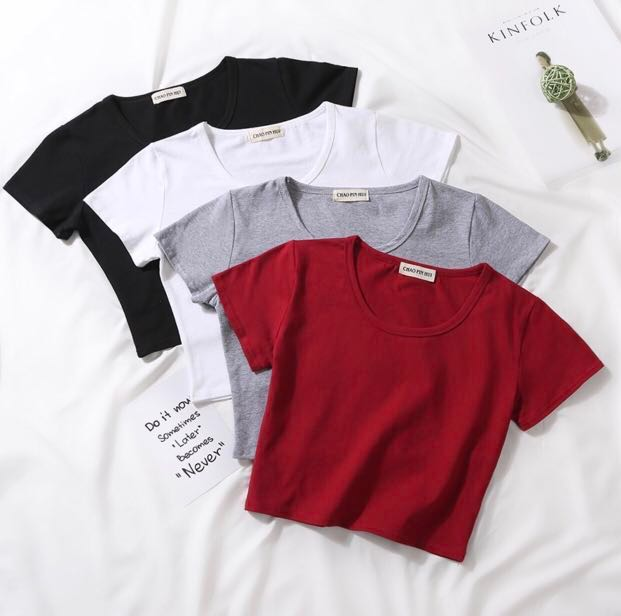 9b5d8bbd0dc Basic Crop Top, Women's Fashion, Clothes, Tops on Carousell