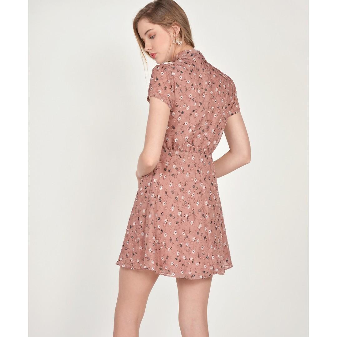 BNWT Janelle Floral Textured Dress - Antique Rose