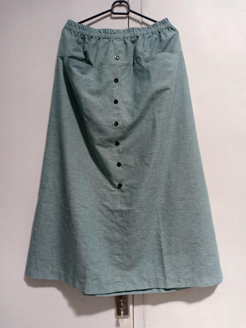 Buy 1 get one free (buy skirt free blouse)