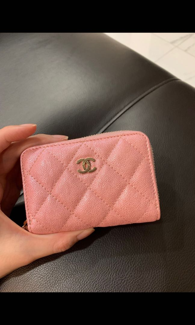 484d7eb24517 Chanel 19s iridescent zippy wallet 4 slots with back pocket, Luxury ...