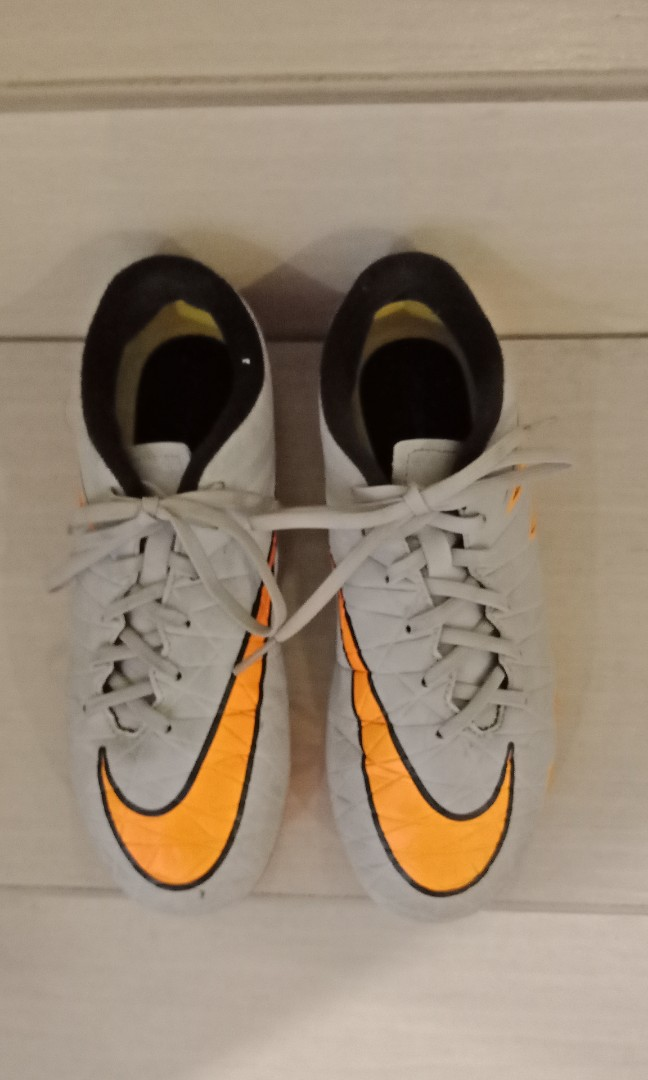3fb511f9a Nike Football shoes., Sports, Athletic & Sports Clothing on Carousell