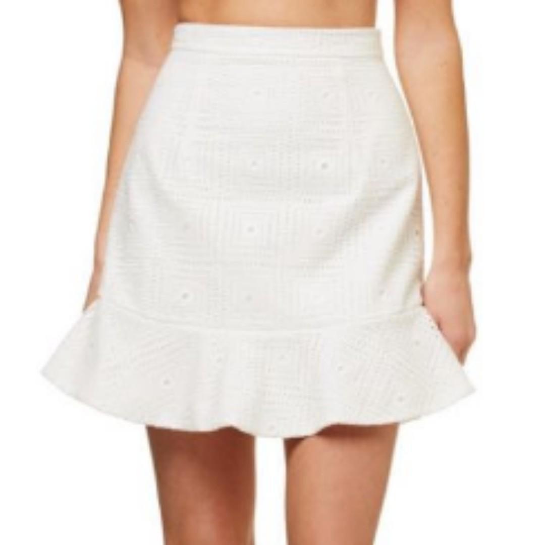KOOKAI White Lace Skirt Sz 36
