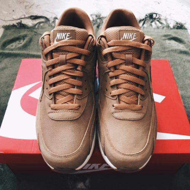 Nike Air Max 90 Ultra 2.0 LTR, Men's Fashion, Footwear