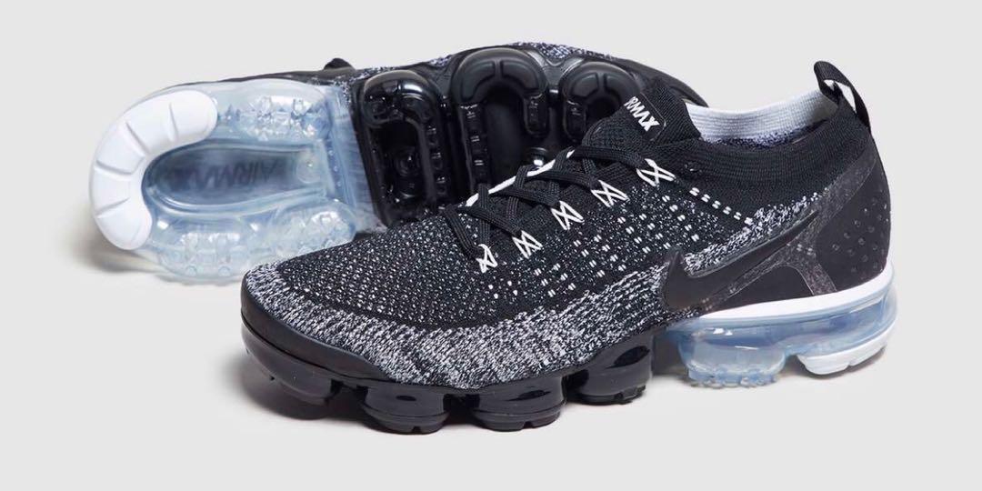 on sale 948a6 39cab Nike Air Vapormax Flyknit 2, Men's Fashion, Footwear ...