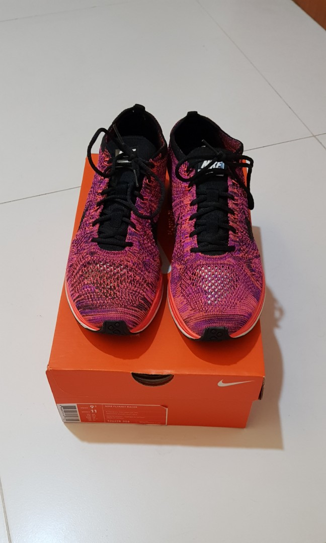 54255bf572800 Nike Flyknit Racer Acai Berry