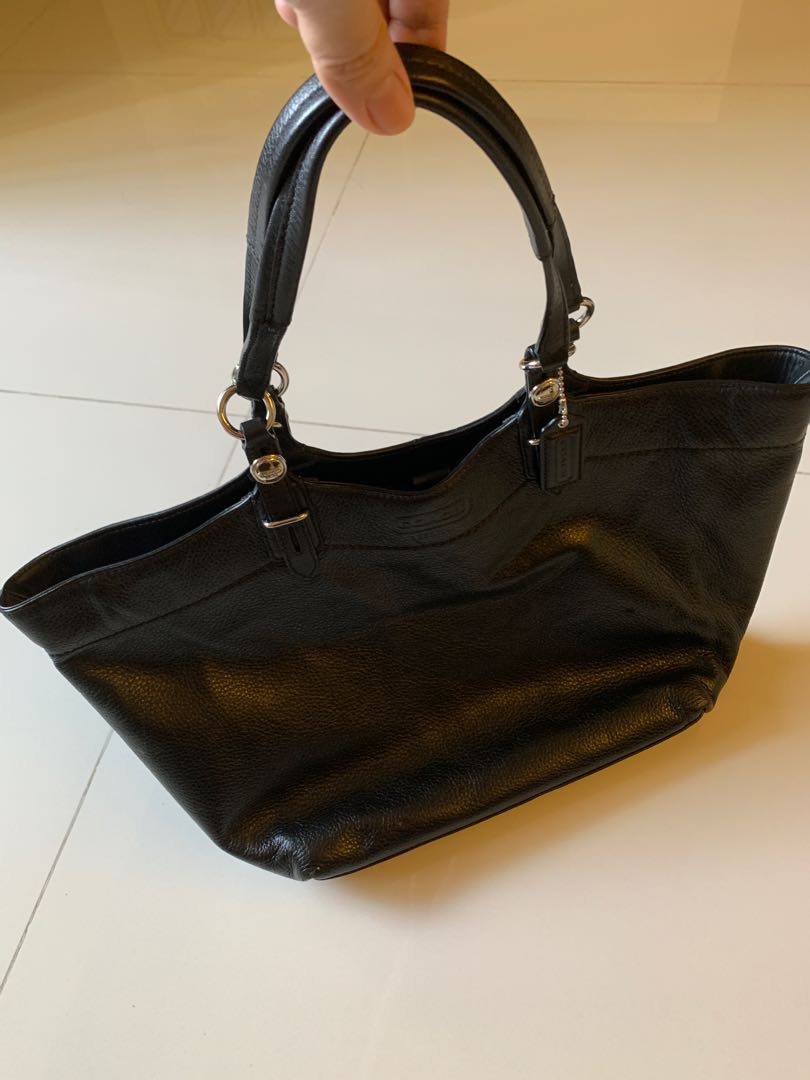 f297a4cf Pre-loved very new condition authentic Coach black leather handbag