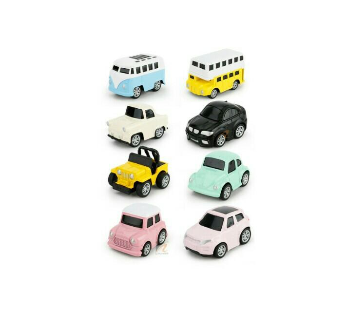 Q version of macarons small alloy car ( children's toy pull back)