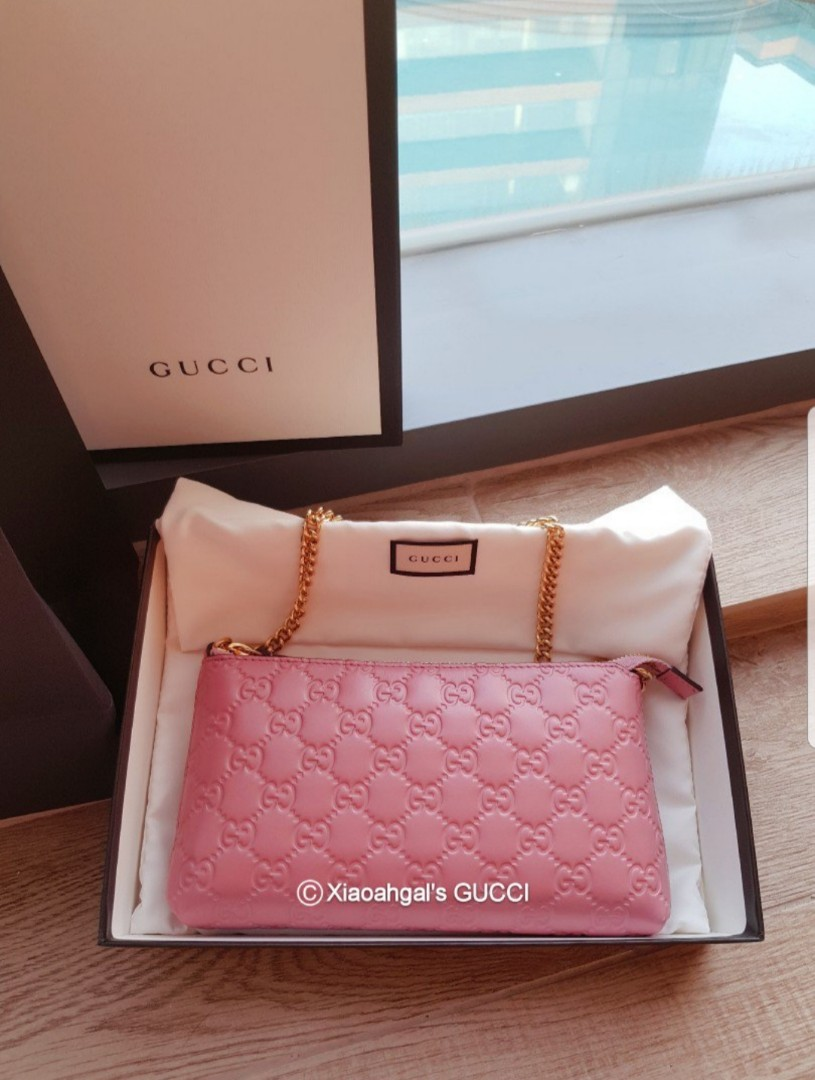 2feed12f292 Non Followers  1899❌👜AUTHENTIC BRAND NEW👜GUCCI Baby Pink Wrislet   Porchette Bag Wallet (Money