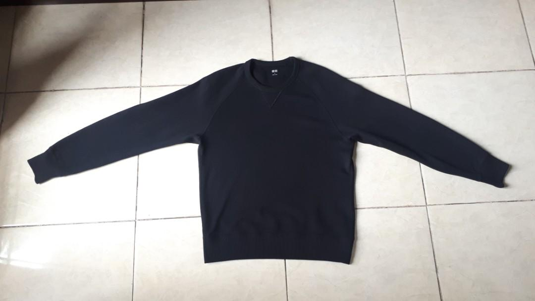 Sweater uniqlo black
