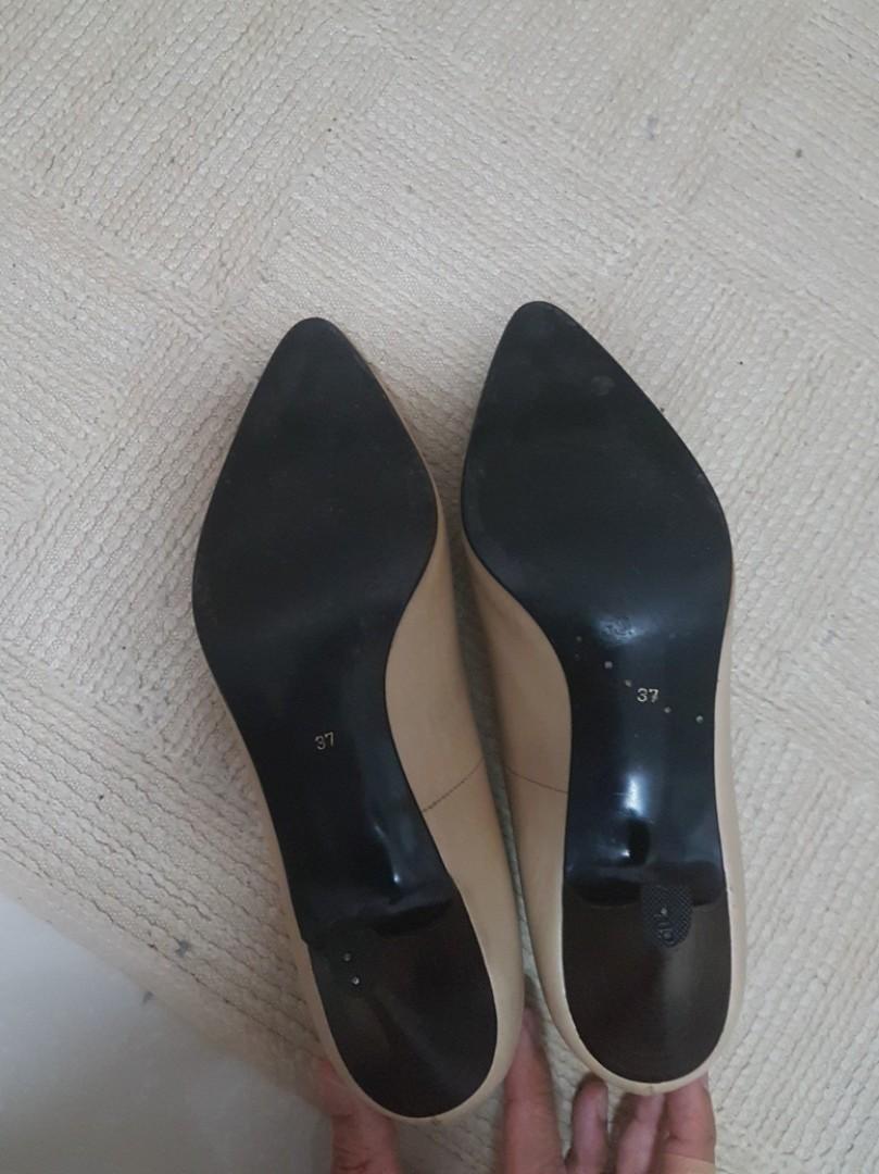 YSL High Heel size 37