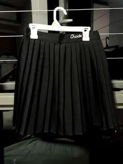 black skater skirt / skorts