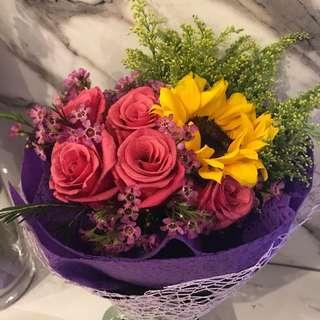 🚚 Mothers' Day flower bouquet