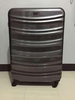 Voyager Large Size Luggage