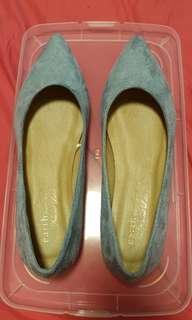 🚚 Flat Shoes