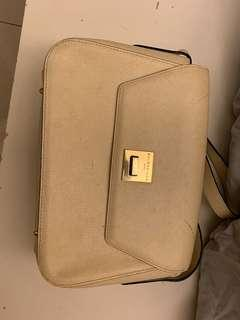 🚚 巴黎世家側背包