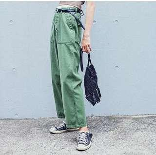 Urban research Pants 軍綠色 直筒褲 闊腳褲 九分褲