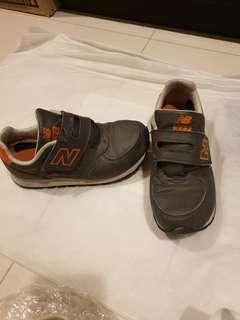 New Balance Shoes uk sz 2