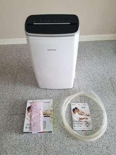 Novita ND328 Dehumidifier Brand New