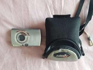 🚚 Canon PowerShot Digital IXUS 800 IS 6.0MP Digital
