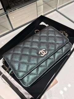 💯 Authentic Chanel WOC Black Iridescent
