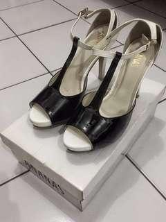 High Heels Ananas Black&White 40