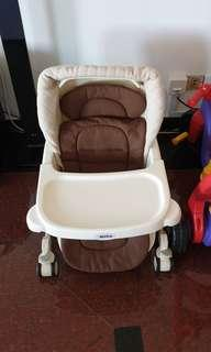 🚚 Made in Japan High Chair / swing 2 in 1 Aprica (auto swing)