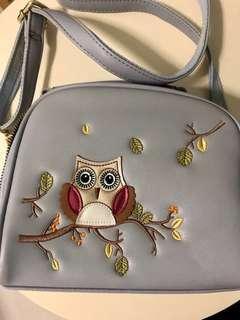 🚚 Owl sling bag