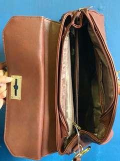 🚚 Comoditee handbag