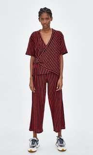 ⭐️⭐️⭐️ Zara Stripes Crossover Top