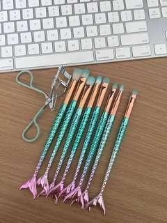 Mermaid makeup brushes set with eyelash curler