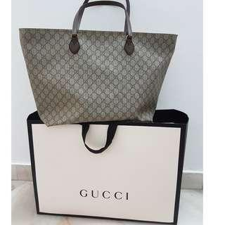 Authentic Gucci Ophidia GG Medium Tote