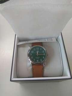 **price drop** Timex - 38mm Easy Reader 40th - Silver-tone Case Green Dial Tan Leather Strap (TW2R35900)