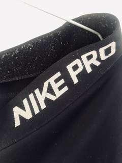 3/4 Nike Pros