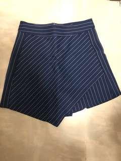 深藍間條裙褲