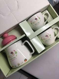 Hello Kitty 茶具