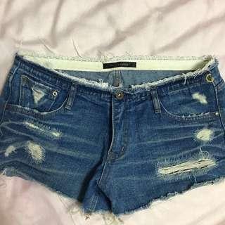 《辣辣辣》CHLOE CHEN蕾絲褲頭低腰短褲