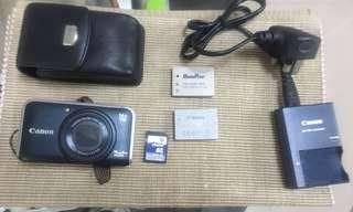 Canon PowerShot SX210 IS FREE accessories