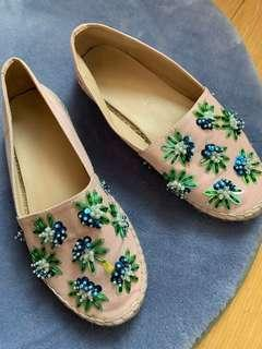 🚚 Embellished espadrilles from Robinson Department Store