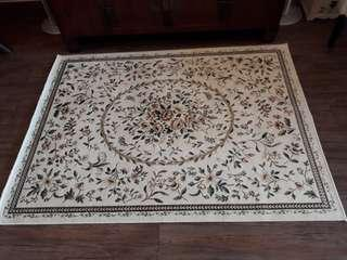 Persian Carpet (size 118cm x 157cm)