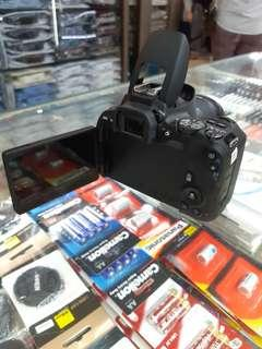 New Camera CANON  EOS 200D lensa 18-55mm STM