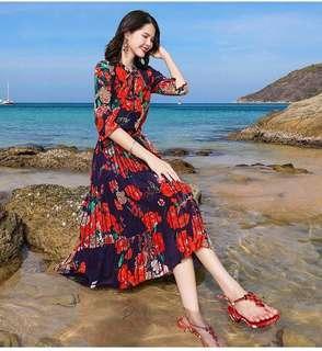 G5479240大红炫色印花百褶连衣裙