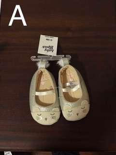 Oshkosh B'Gosh baby girl mary jane mouse crib shoes 0-3M
