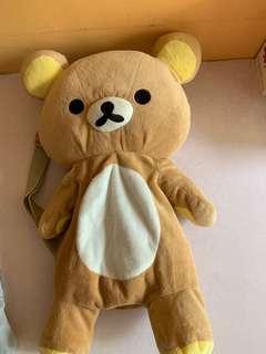 鬆弛熊公仔背包