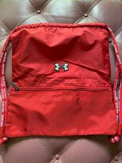 🚚 Red under armour drawstring