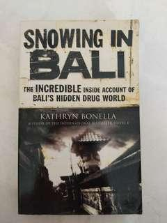 Almost new book - Snowing in Bali
