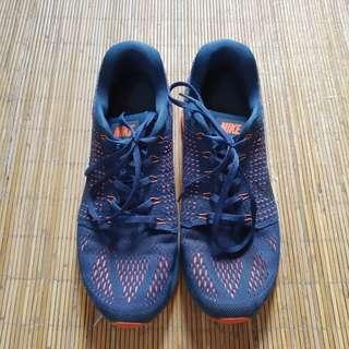 Sepatu Nike Lunarglide 7 (running shoes)