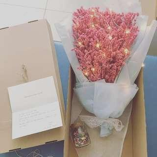 「Spring Seasonal Offer」🌹Korean Dried Flower Bouquet➕flower box➕greeting card✨with fairy lights