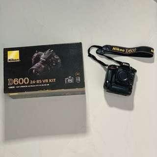 Nikon D600 w/ grip & Nikon 18-35mm*